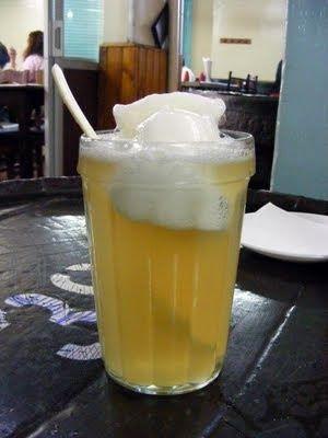 terremoto, Chilean wine and pineapple sorbet drink.