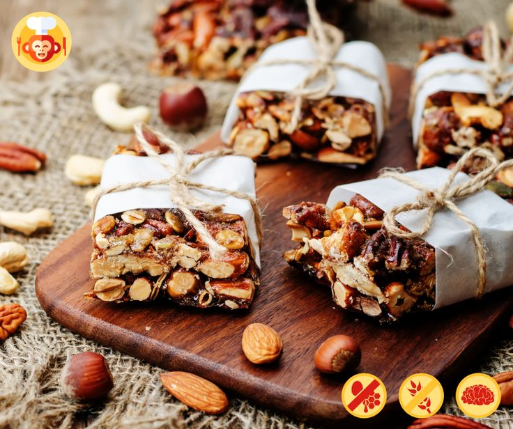 Gluten+free vegan nut bars.  #glutenfree #vegan #nuts #nutbars #bar #sweet #dessert #improves #brain #functions #zummz #food #foodporn #recipe #ideas #homemade #fit #healthy