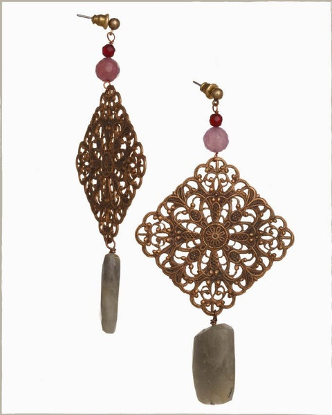 Hand made earrings, made with love.