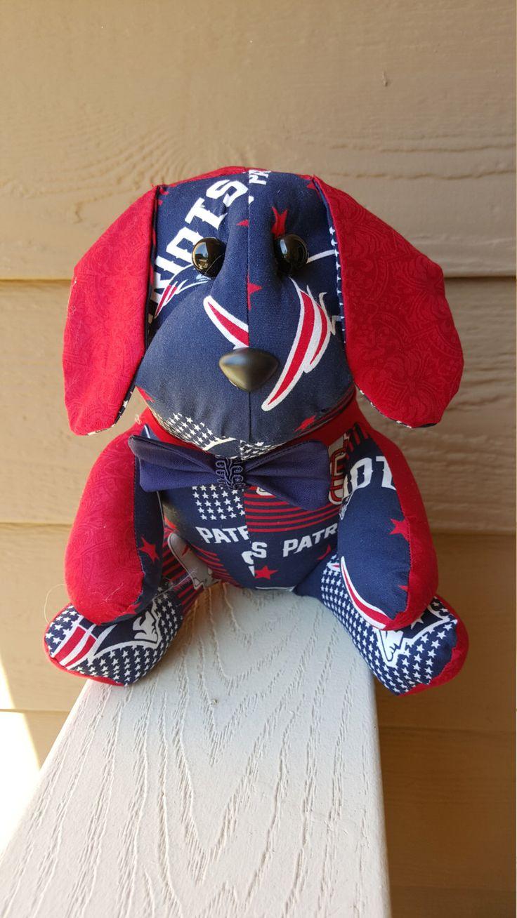 New England Patriots Football Dog by SoozyJDesigns on Etsy https://www.etsy.com/uk/listing/490378902/new-england-patriots-football-dog