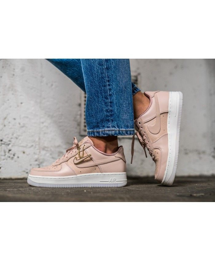 best service 1d031 e4ec9 Nike Air Force 1 Trainers In LX Particle Beige
