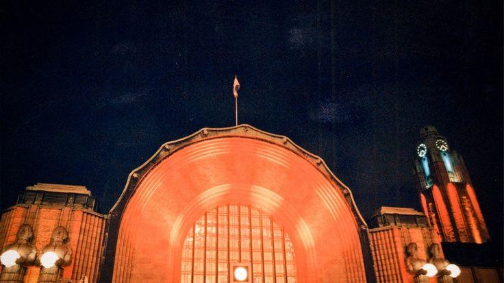 Helsinki railway station designed by Eliel Saarinen
