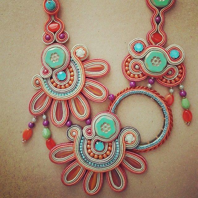 fabs_ethniclay (Febrini Ananda) | Iconosquare