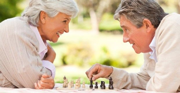 Where to Meet Single Seniors Over 55 in Your Area