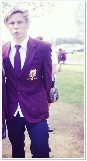 Ashton Irwin in a school uniform, someone tell him to stop stabbing me in the freaking heart.... < ohmygosh same feeling<<< looks like a hogworts uniform...<<<< are you serious -_-