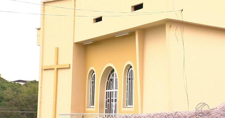 #Polícia apura caso de jovem baleado dentro de igreja em São João del Rei - Globo.com: Globo.com Polícia apura caso de jovem baleado dentro…