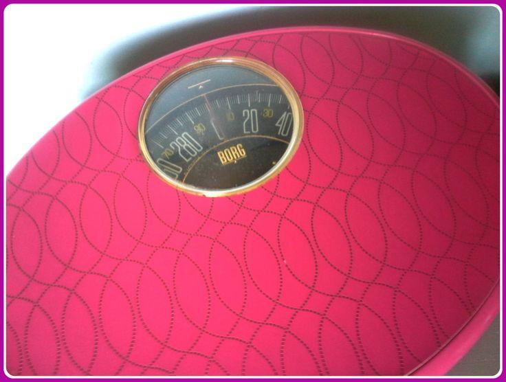 Retro Hot Pink Borg Metal Scale/Mid Century Hot Pink Scale/Hot Pink Bathroom Decor Mod Mid Century/Pink Borg Scale Bright Pink Fuschia Bath by SparkleSet on Etsy
