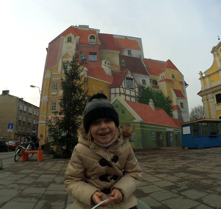 Zaplanuj weekend w Poznaniu - sprawdź, co warto zobaczyć i gdzie wybrać się z dzieckiem w stolicy Wielkopolski. Polecamy ciekawe miejsca i atrakcje.