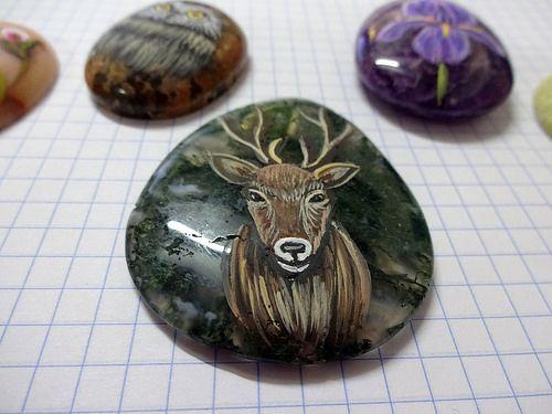 piedras pintadas - colgantes germas 3   por pedretaderiu