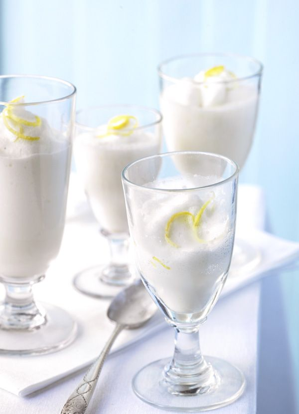 Sgroppino - refreshing Italian cocktail made with lemon ice cream and prosecco