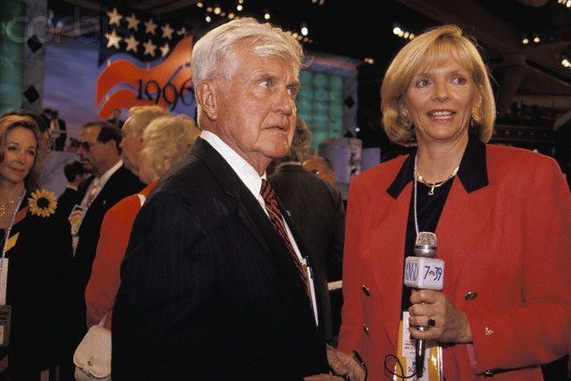 Vice Admiral James Stockdale talks with a reporter at the Republican National Convention.