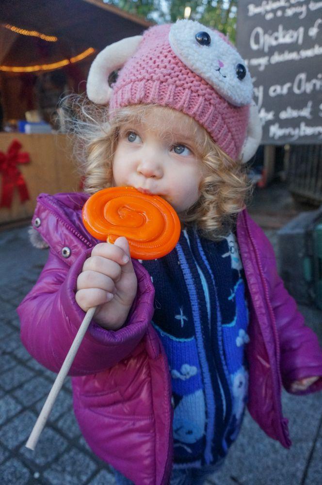 Piata de Craciun din Dublin prin ochi de bebe calator