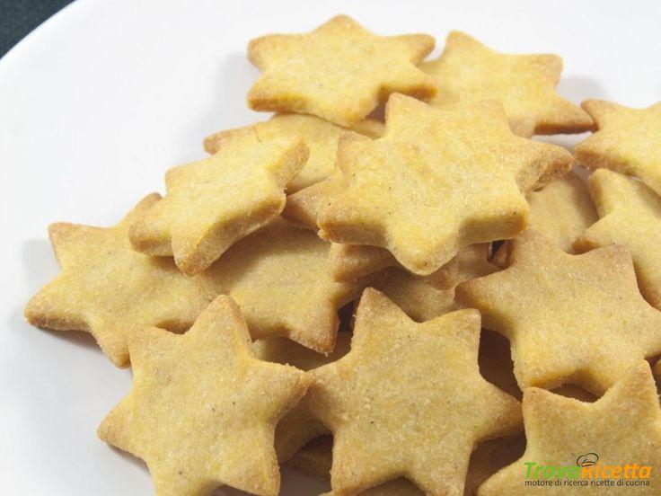 Biscotti per cani con farina di mais e formaggio grana  #ricette #food #recipes