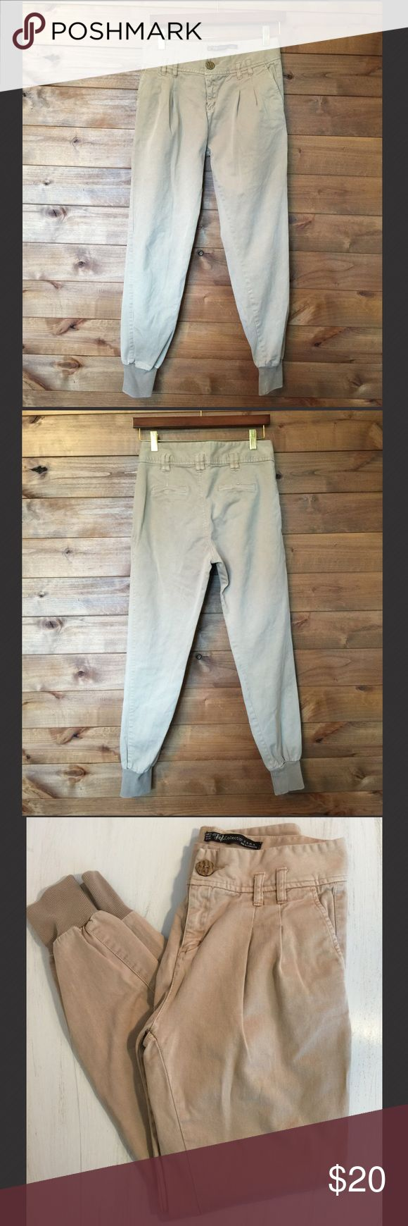 "Zara Woman's Chino Jogger Pants These comfy khaki joggers have a workwear inspired fabric gives them an effortless laidback look. High waisted with belt loops makes them easy to dress up. In excellent used condition. Size: 2 Inseam: 28"" Waist: 14"" Zara Pants"