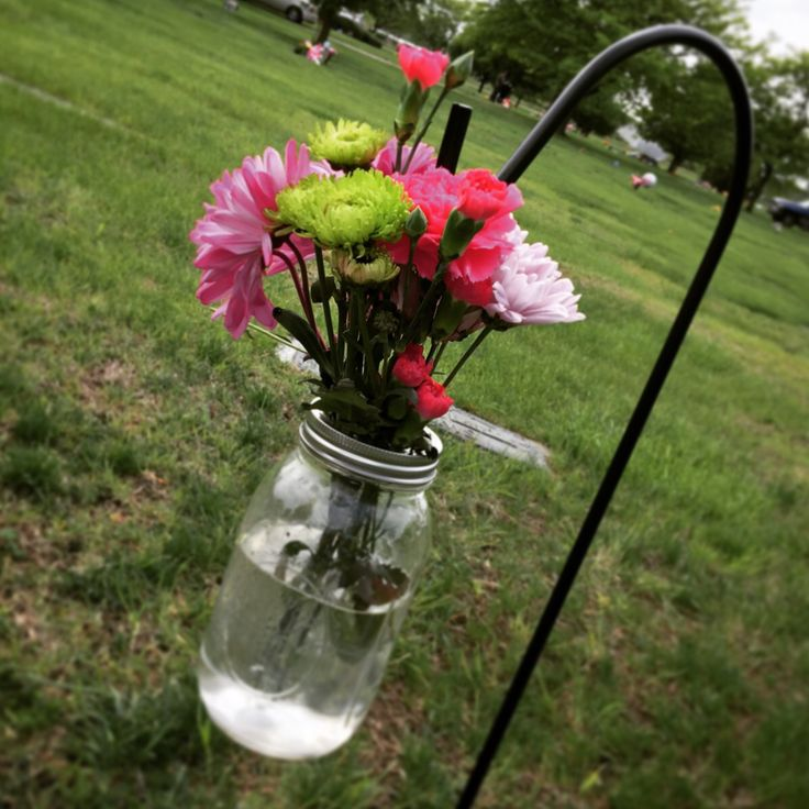 169 best cemetery flowers images on pinterest cemetery for Grave decorations ideas