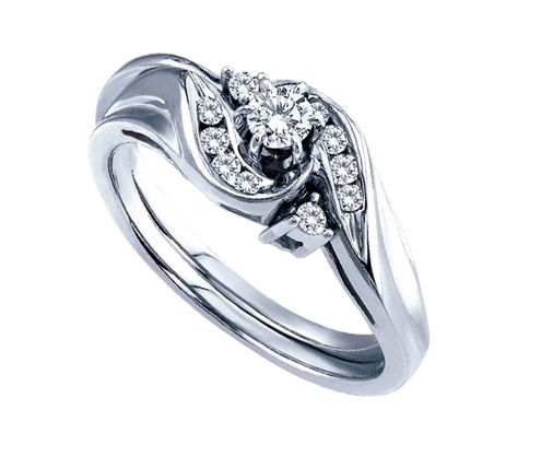 story oval halo love ring products rings engagement