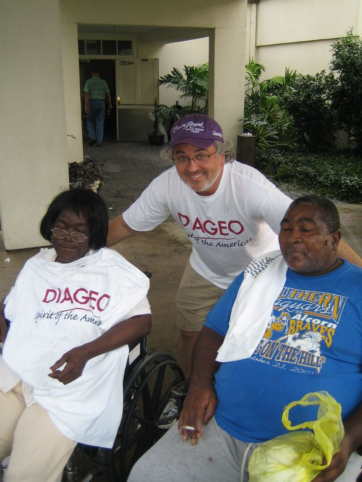 Hurricane Gustav, Baton Rouge LA. Gary Galanis of the Bridge Foundation with nursing home patients