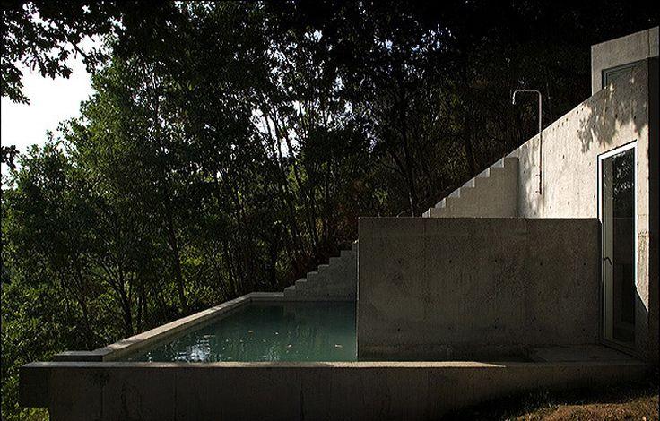 CJWHO ™ (Casa Tóló in Lugar das Carvalhinhas, Portugal by...)