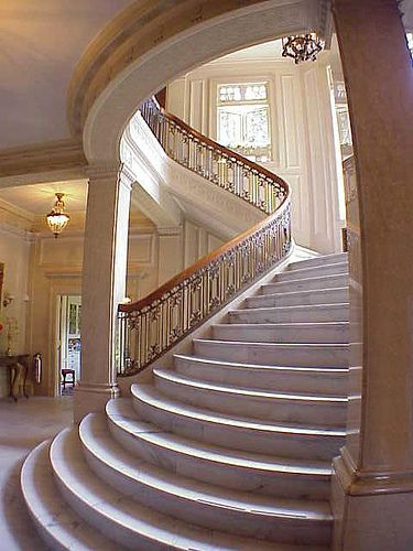Gorgeous Home Staircase. Marble. Grand. Limestone.
