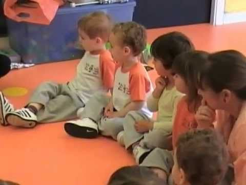 Una sessió de música a La Llar d'en Pitus - Pitus Nursery School - YouTube