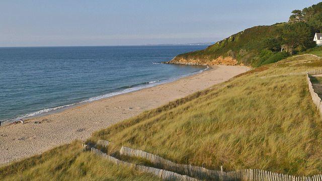 Locquirec, plage des Sables Blancs Photo prise depuis un drone par St Thomas TV et avec Sensation Bretagne Office de tourisme de Locquirec locquirec@tourisme-morlaix.fr www.tourisme-morlaix.fr #myfinistere #Finistère #Bretagne #Brittany