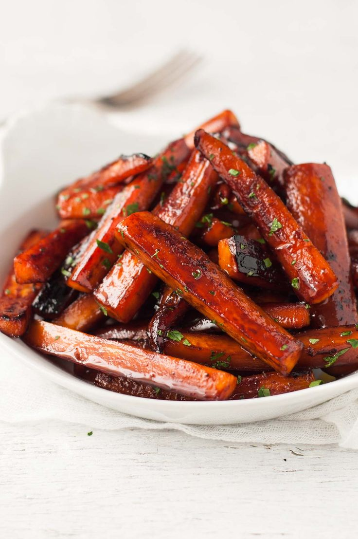 Stovetop Glazed Carrots - looks and tastes roasted, but they're made on the stove! Great for holiday feasts when the oven is otherwise occupied.