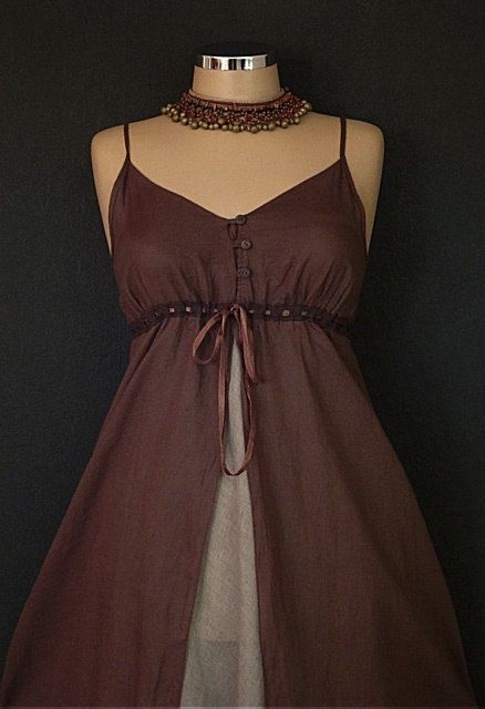 Hubs and I were invited to a steam punk themed wedding in May.  I could pull this off, pregnant, no?