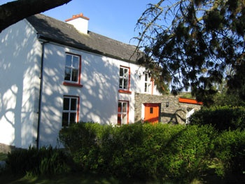 Granias Elternhaus sieht vielleicht ähnlich aus wie dieses Bauernhaus im County Kerry. #GesineSchulz #Irland #Ireland #Farmhouse (Foto via http://www.ferienhaus-irland.de)