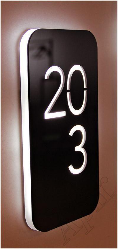Imagilux creates custom LED light panels // Unique Floor Sign                                                                                                                                                                                 Más