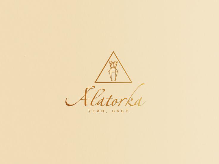 [ Логотип для магазина женской одежды Alatorka ]