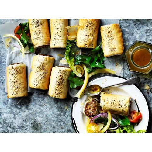 Looking for vegetarian recipes? Food To Love showcases our favourite vegetarian recipes for everyone. So delicious, you won't feel like you're missing out on anything. #Vegetarian #VegetarianRecipes