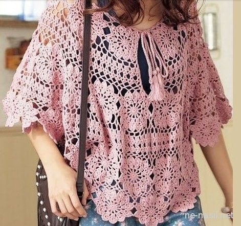 Yazlık bluz modelleri her kadının gardırobunda olması gereken en önemli giysilerindendir.Sabahları işe giderken giyeceğiniz şık bir bluzu uygun bir ceketle kombinleyip kyafetinizi tamamlayabilirsiniz.Akşam bir iş yemeğinde yada özel yenen bir yemekte giyeceğimiz bir bluz bizi çok şık gösterecektir.Hafta sonları seçilen spo