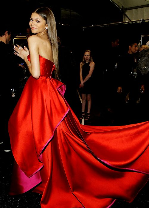 """Zendaya Coleman poses backstage at the Go Red For Women Red Dress Collection 2015 presented by Macy's fashion show during Mercedes-Benz Fashion Week Fall 2015 at The Theatre at Lincoln Center on..."