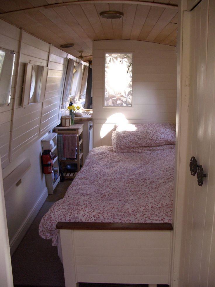 Bedroom, wardrobe, under bed storage