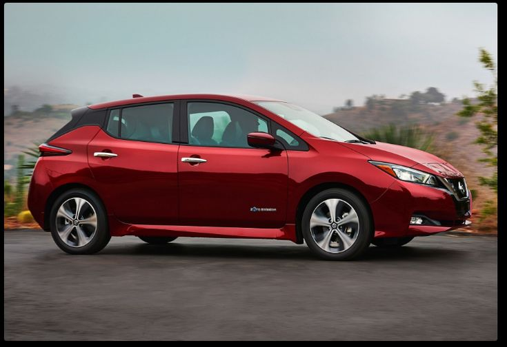 The 2018 Nissan Leaf offers outstanding style and technology both inside and out. See interior & exterior photos. 2018 Nissan Leaf New features complemented by a lower starting price and streamlined packages. The mid-size 2018 Nissan Leaf offers a complete lineup with a wide variety of finishes and features, two conventional engines.