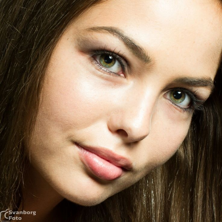 Tanja, a beauty model came by for a new photoshoot. Beautiful eyes and hair.