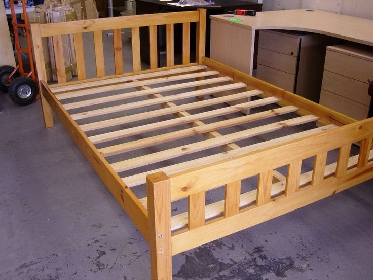 Solid Pine Wooden Double Bed Frame. Good Condition Nice modern solid pine bed frame. Chunky squa