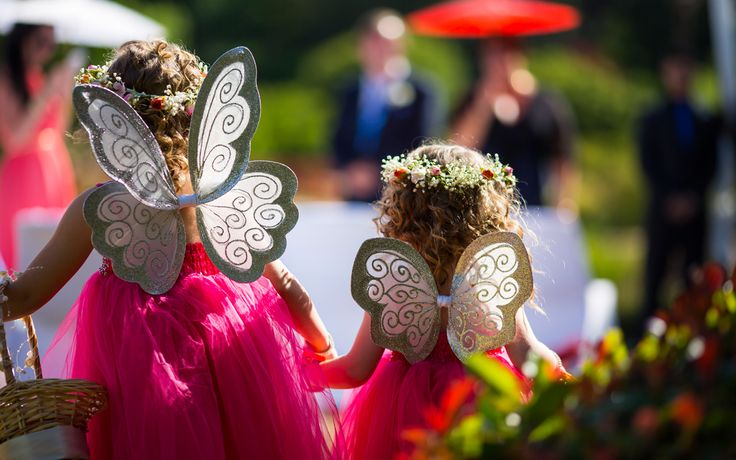 Fairy Wings + Flower girls - Salt Studios| Toowoomba Wedding and Commercial Photography