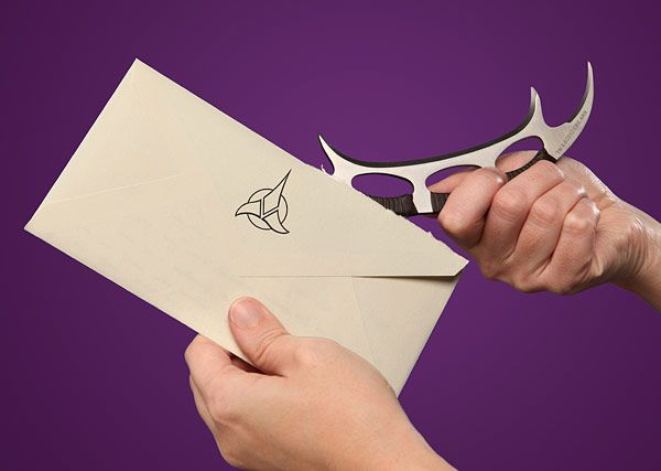 Bat'leth Letter Opener - Open your mail like a warrior. Why do I not already have this?