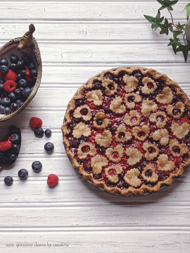 wild Ophelia's triple berry pie :: une gamine dans la cuisine - this makes my mouth weather, just looking at it.