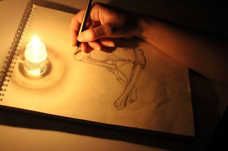 #art #artwork #doodle #sketch #sketchbooks #design #drawing #basicdesign #basic #caracter #mum #taslak #çizim #karalama #karanlık #fantastik #karakter #tasarım #eskiz #sanat #çizim http://turkrazzi.com/ipost/1524617905039155312/?code=BUoh-goDyBw