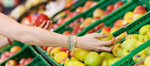 """4. Lojas de produtos naturais são um paraíso ... Clique e leia: """"TOP 10 pegadinhas sobre alimentação saudável""""   #focoemvidasaudavel  #saude  #herbalife"""
