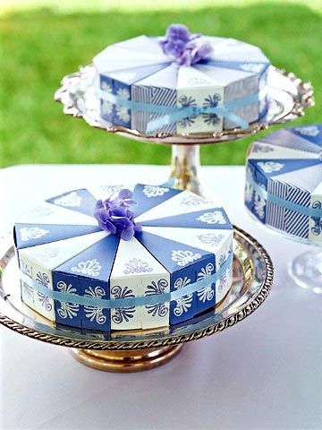 Cake-Slice Favor Wheel: Make a Wedding Favor from Card Stock