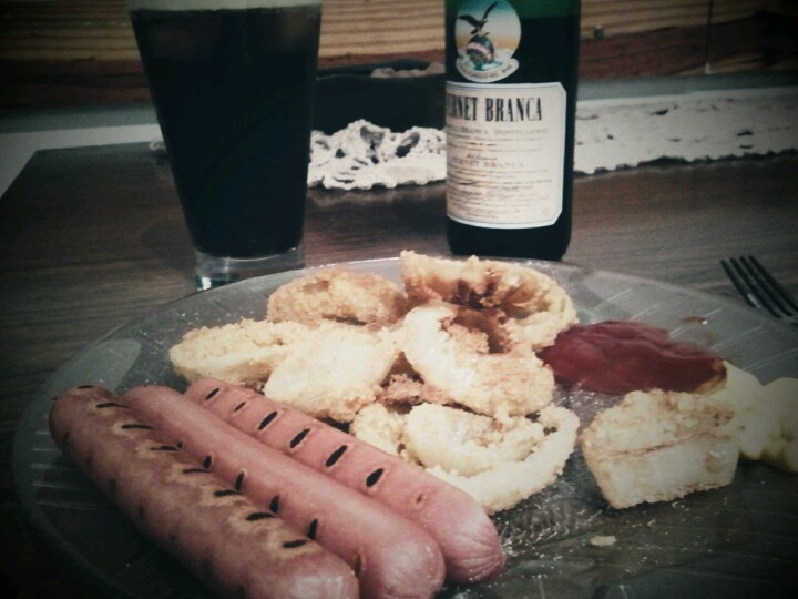 grilled hot dogs & onion rings & fernet branca