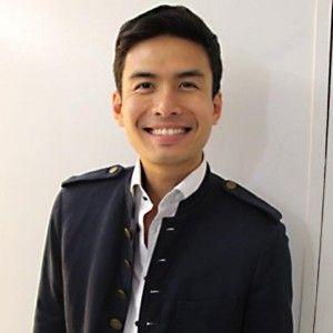 Christian Bautista: Sikat at Masigasig na Singer http://www.pinoyparazzi.com/christian-bautista-sikat-at-masigasig-na-singer/