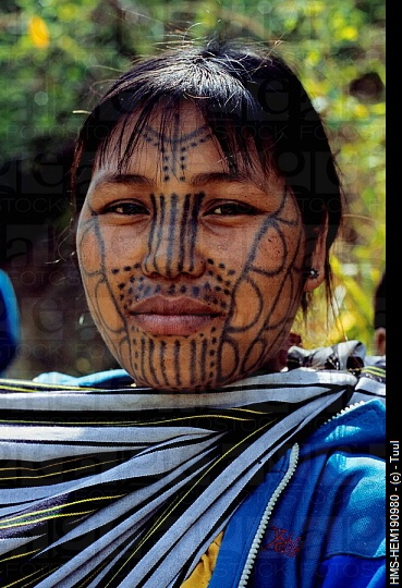 25 best ideas about facial tattoos on pinterest africa symbol body paint girls and male faces. Black Bedroom Furniture Sets. Home Design Ideas