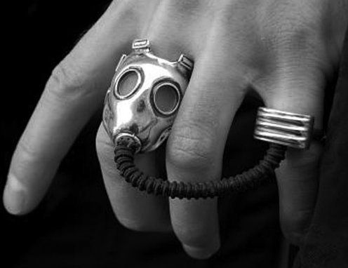 b, black and white, cool but weird, fashion, ring - inspiring picture on Favim.com