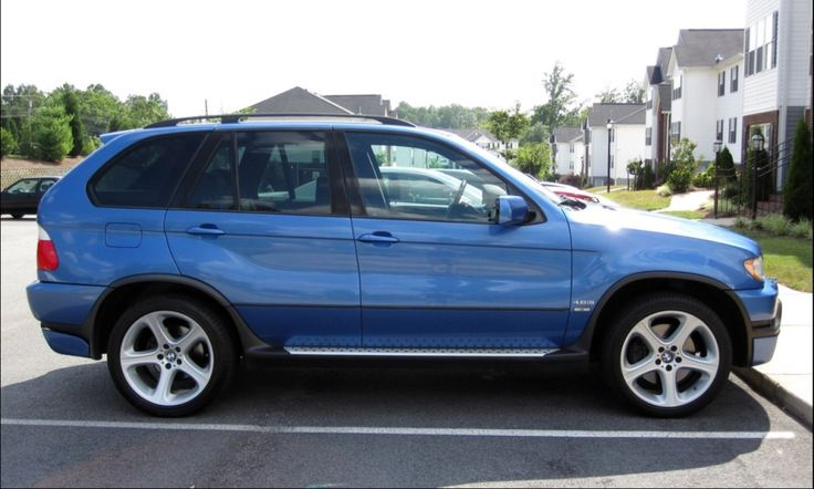 BMW X5 4.6is Estoril Blue Check out for more on: http://dailybulletsblog.com/60-best-pictures-of-bmw-x5-e53/ #X5 #E53 #BMW