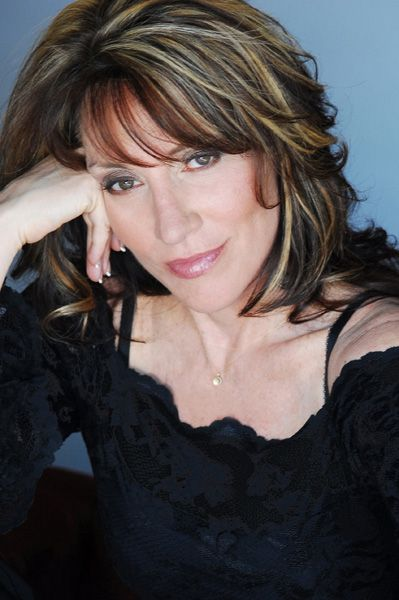 katey-sagal I want this hair