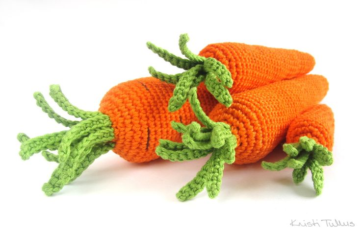 Free pattern: Crocheted carrots in four sizes // Kristi Tullus (spire.ee)